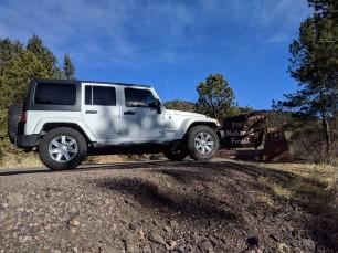 Jeep leaving Pike's Peak